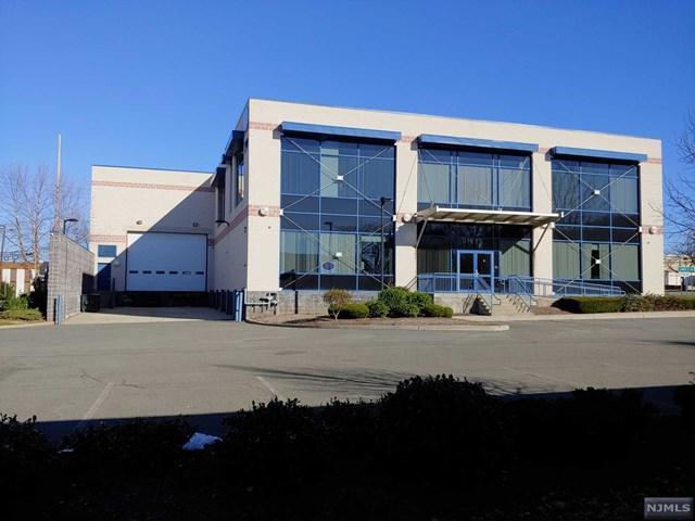 390 Veterans Boulevard, Carlstadt, NJ 07072 (#1847310) :: Berkshire Hathaway HomeServices Abbott Realtors