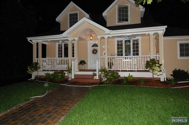 15-04 Elmary Place, Fair Lawn, NJ 07410 (#1850317) :: Berkshire Hathaway HomeServices Abbott Realtors