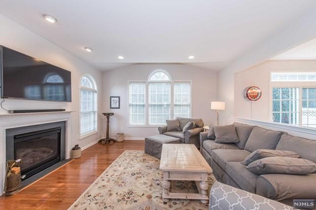 20 Ardsley Court, Denville Township, NJ 07834 (#1903485) :: Berkshire Hathaway HomeServices Abbott Realtors