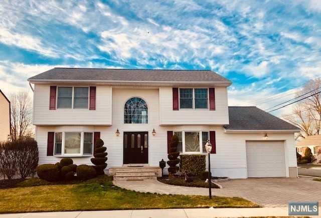 Saddle Brook, NJ 07663 :: Berkshire Hathaway HomeServices Abbott Realtors