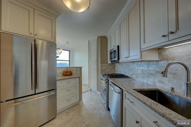 7002 Boulevard East 9D, Guttenberg, NJ 07093 (#1913930) :: Berkshire Hathaway HomeServices Abbott Realtors