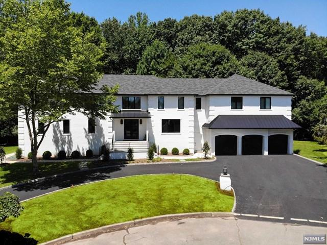 28 Pondside Court, Harrington Park, NJ 07640 (MLS #1931579) :: William Raveis Baer & McIntosh