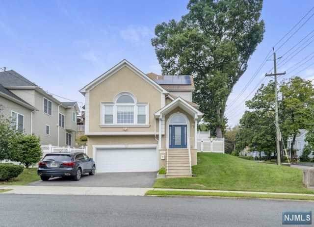 483 Van Dyke Avenue, Haledon, NJ 07508 (MLS #1942665) :: William Raveis Baer & McIntosh