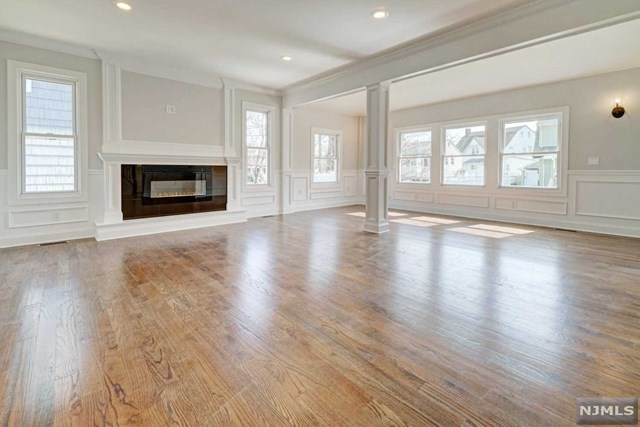 20 W Linden Avenue, Dumont, NJ 07628 (#20011895) :: Bergen County Properties