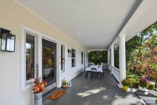 5 Rock Road, Glen Rock, NJ 07452 (MLS #20042721) :: The Dekanski Home Selling Team