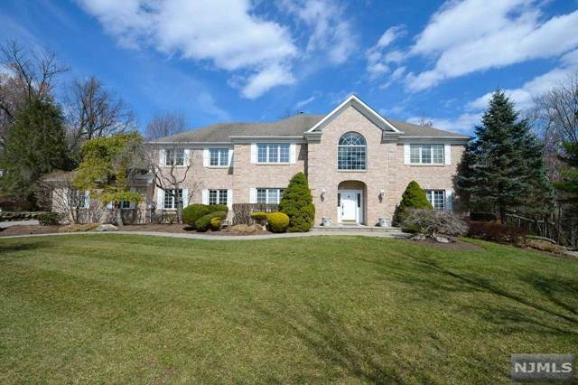 40 Pine Road, Allendale, NJ 07401 (MLS #21007223) :: Provident Legacy Real Estate Services, LLC
