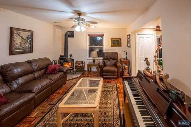 538 Skyline Lake Drive, Ringwood, NJ 07456 (MLS #21013378) :: Kiliszek Real Estate Experts