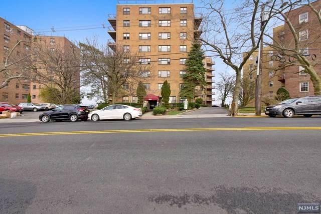 8800 Boulevard East - Photo 1