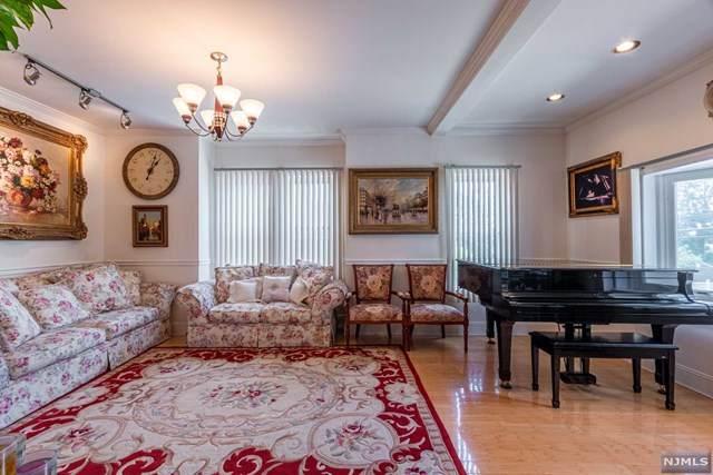 330 Wood Ridge Avenue, Wood Ridge, NJ 07075 (MLS #21023294) :: RE/MAX RoNIN