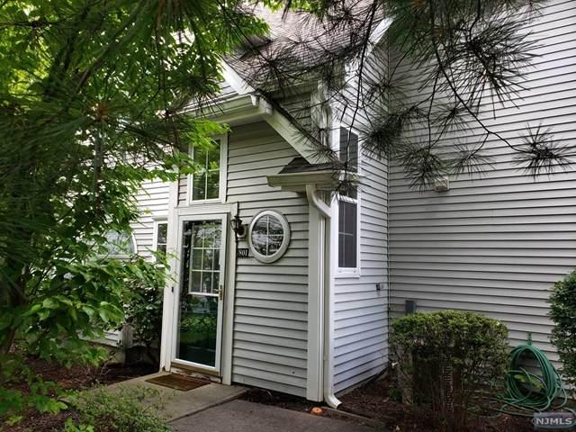 801 Chatfield Drive #801, Pequannock Township, NJ 07444 (MLS #21025839) :: Kiliszek Real Estate Experts