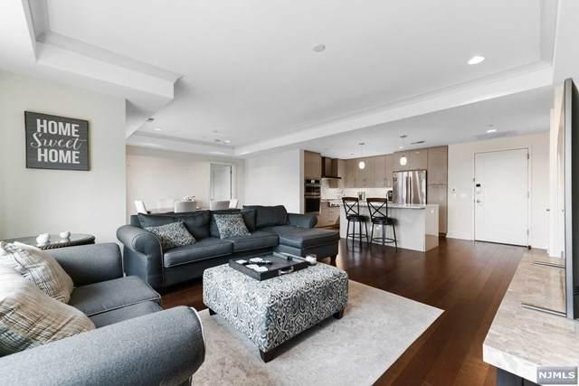 150 Henley Place #302, Weehawken, NJ 07086 (MLS #21029247) :: Howard Hanna | Rand Realty
