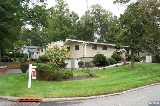 404 Birchtree Lane, Northvale, NJ 07647 (MLS #21038305) :: Kiliszek Real Estate Experts