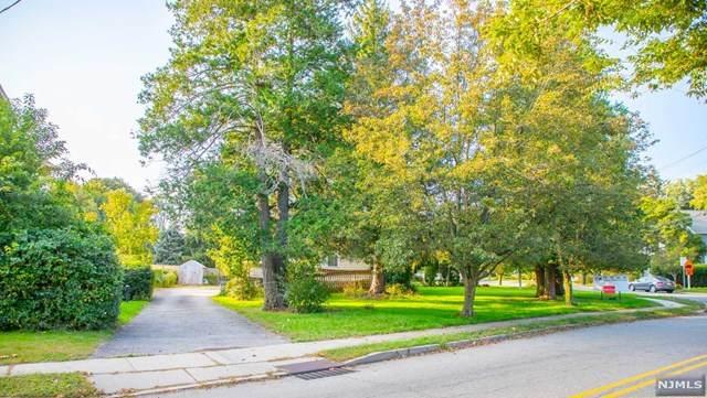 142 Closter Dock Road, Closter, NJ 07624 (MLS #21040806) :: Kiliszek Real Estate Experts