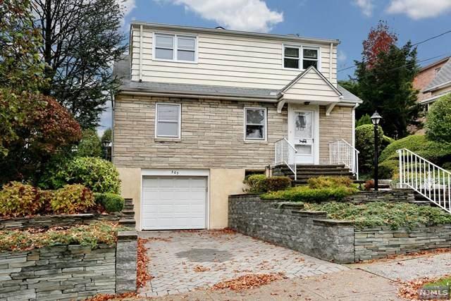 303 E Brinkerhoff Avenue, Palisades Park, NJ 07650 (MLS #20045218) :: William Raveis Baer & McIntosh