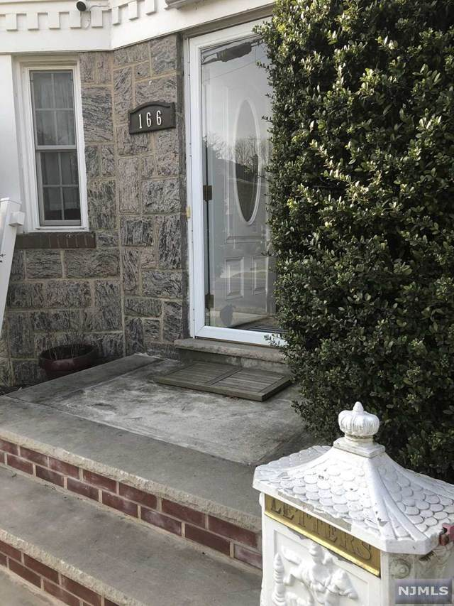 166 Lakeview Avenue, Leonia, NJ 07605 (MLS #20051265) :: William Raveis Baer & McIntosh