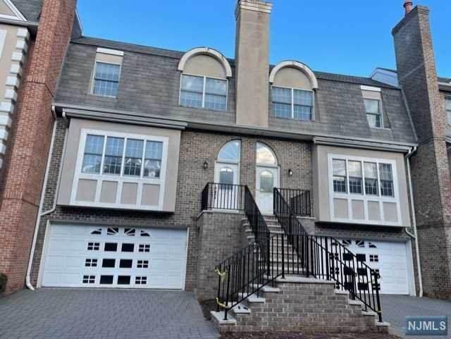 105 Stonegate Trail, Cresskill, NJ 07626 (MLS #21035654) :: Corcoran Baer & McIntosh