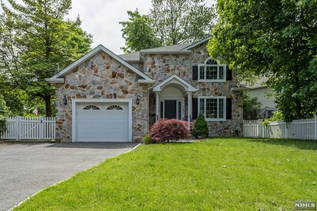 542 Ackerman Avenue, Glen Rock, NJ 07452 (#1923082) :: Group BK