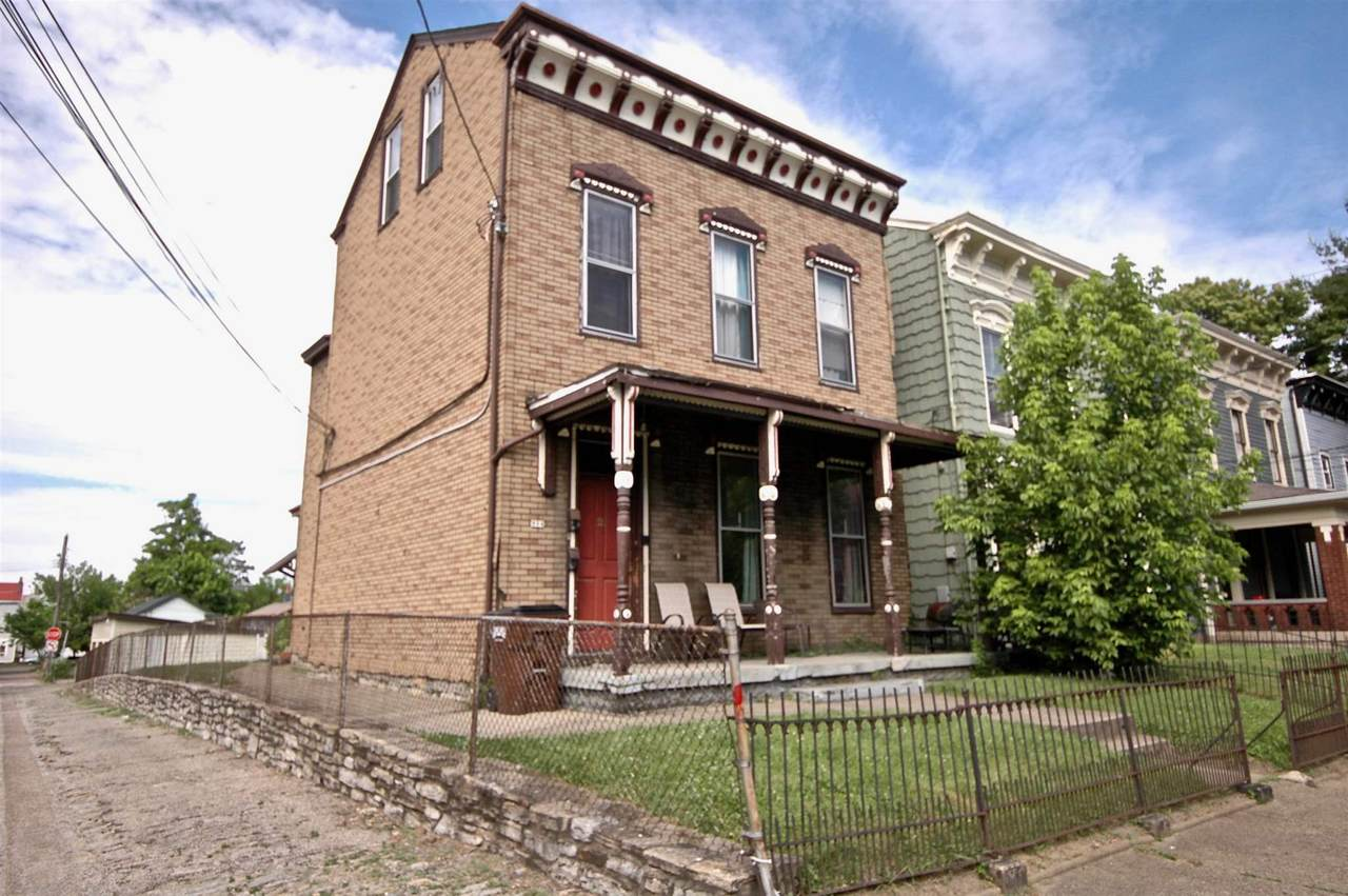 934 Washington Avenue - Photo 1