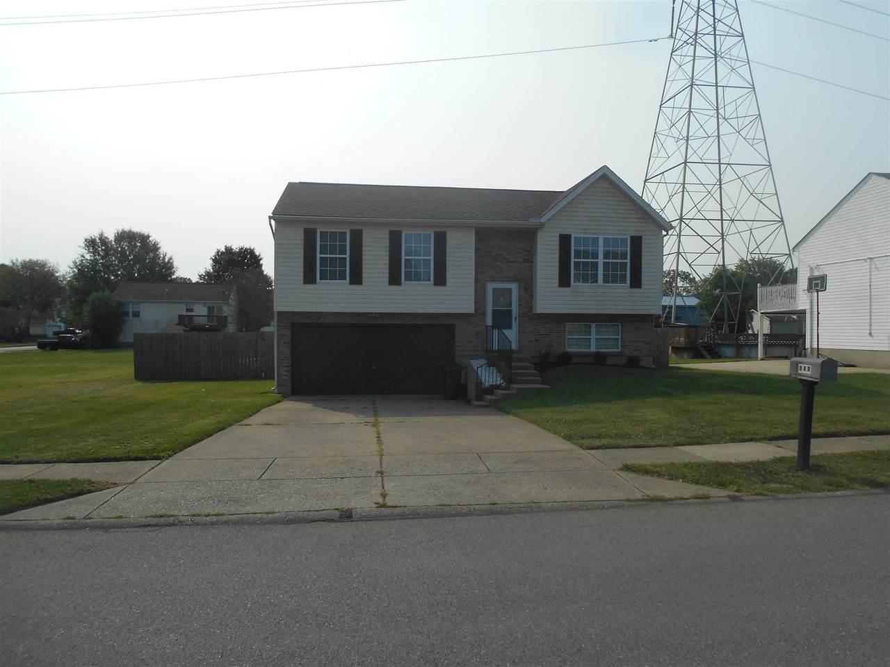604 Brookwood Drive - Photo 1
