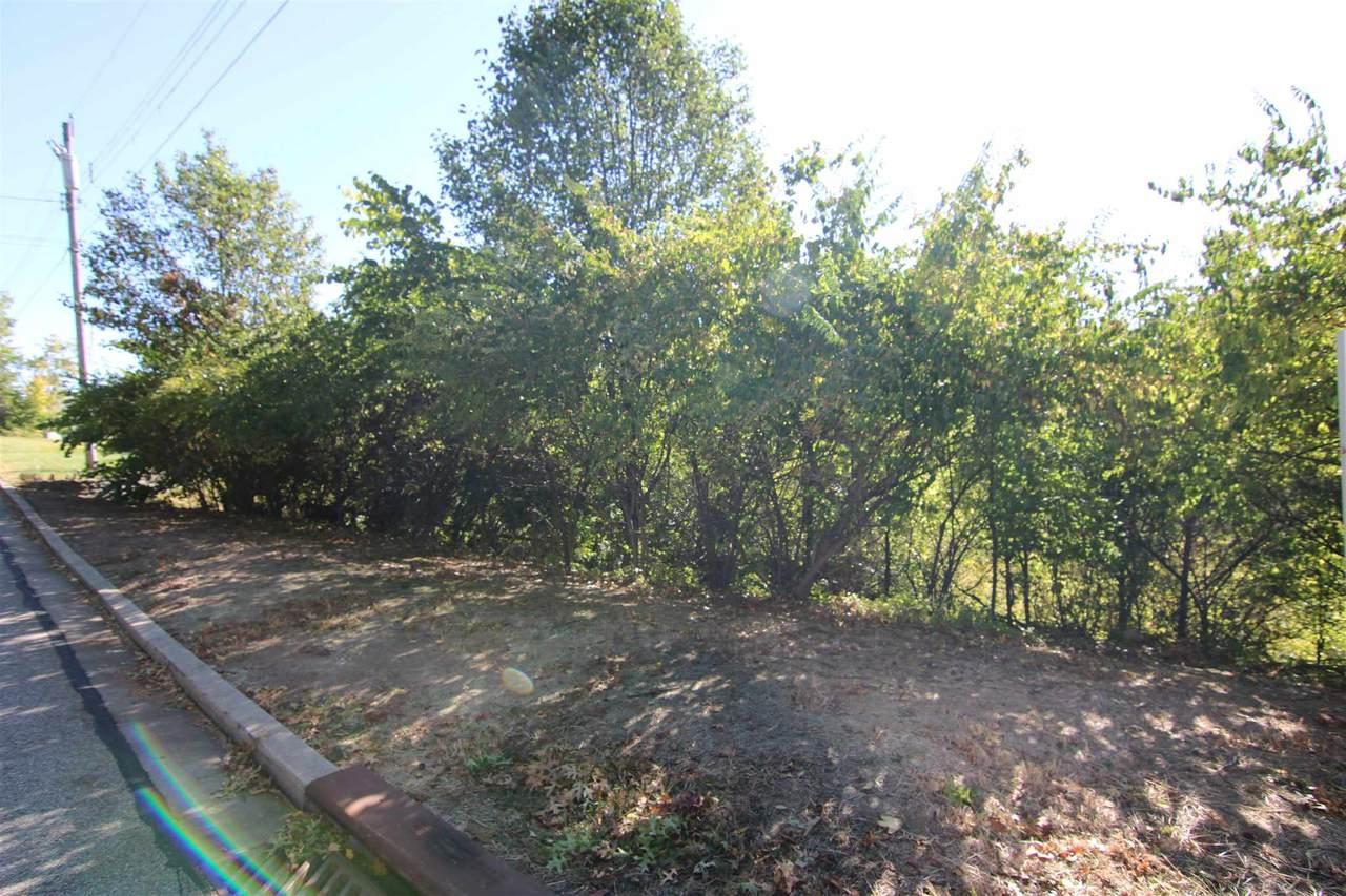1103 Cecelia Avenue - Photo 1