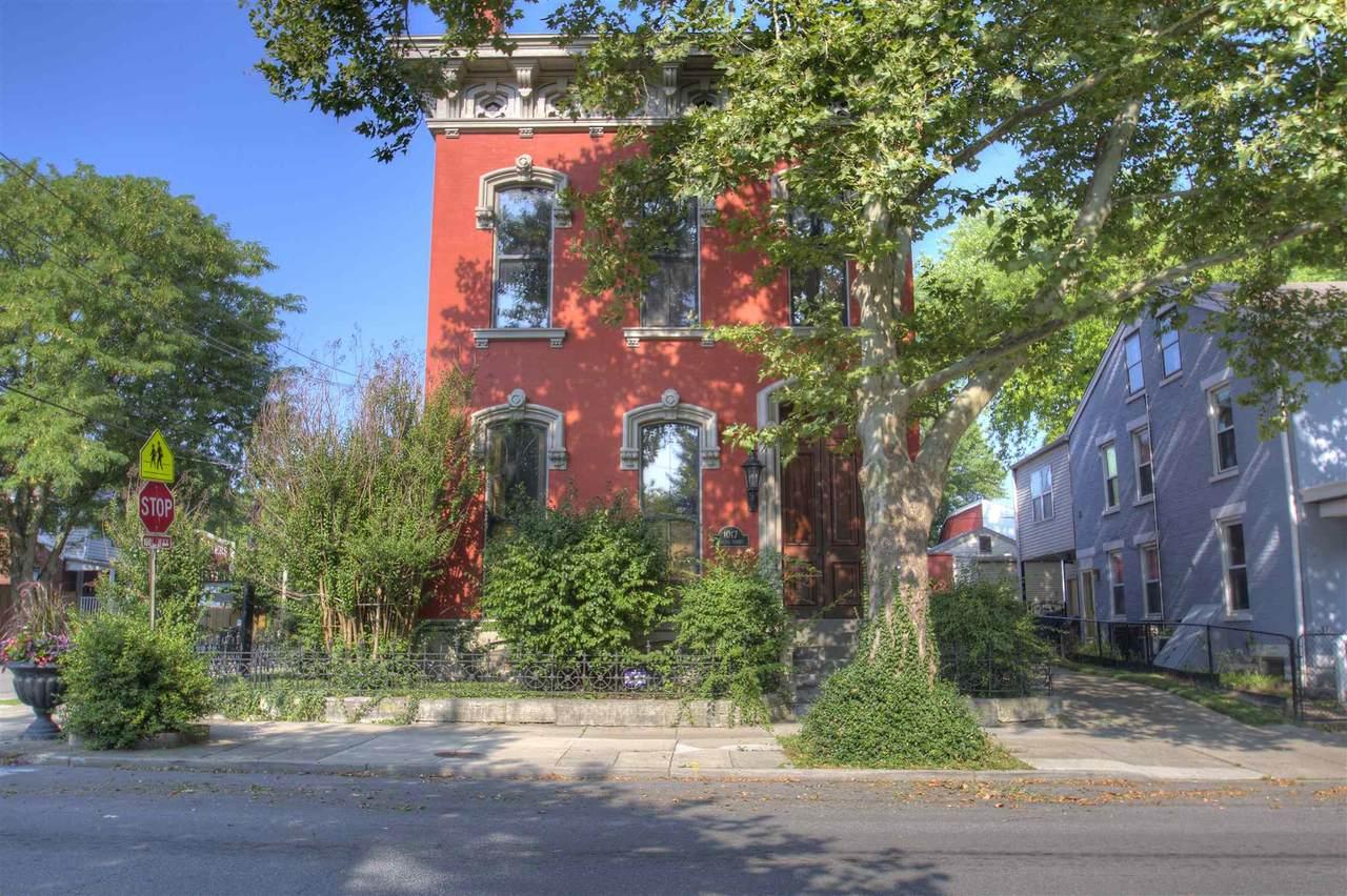 1017 Russell Street - Photo 1