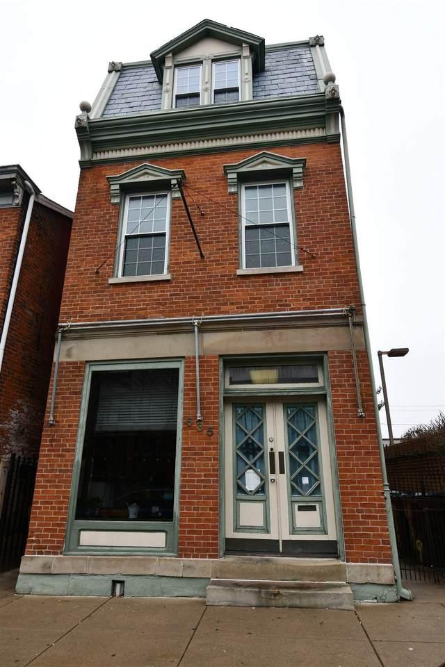 635 Monmouth Street - Photo 1
