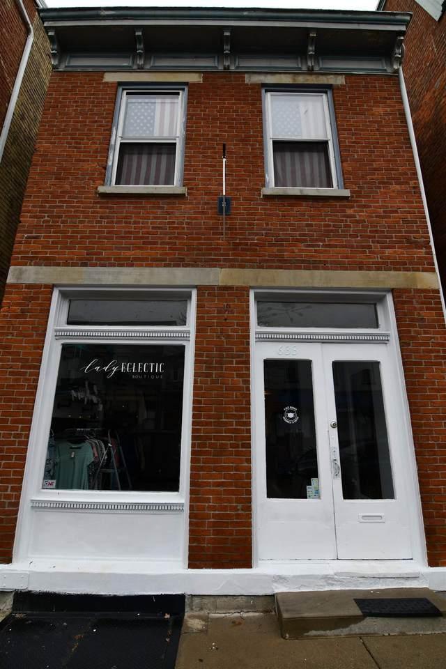 633 Monmouth Street - Photo 1