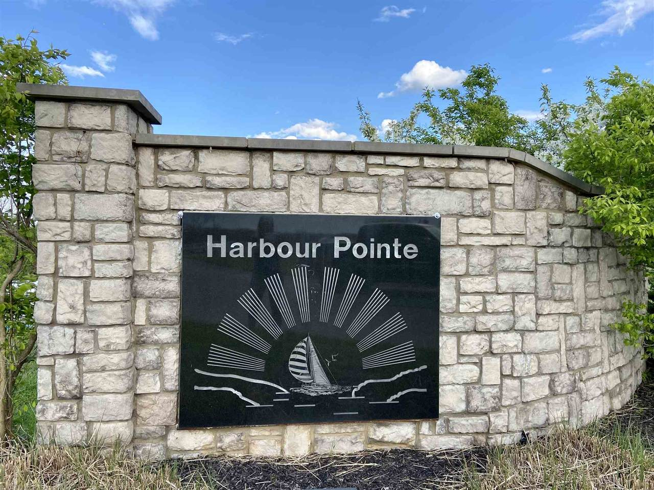 Lot 10 Harbour Pointe Drive - Photo 1