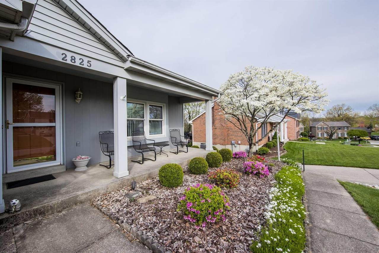 2825 Deerfield Drive - Photo 1