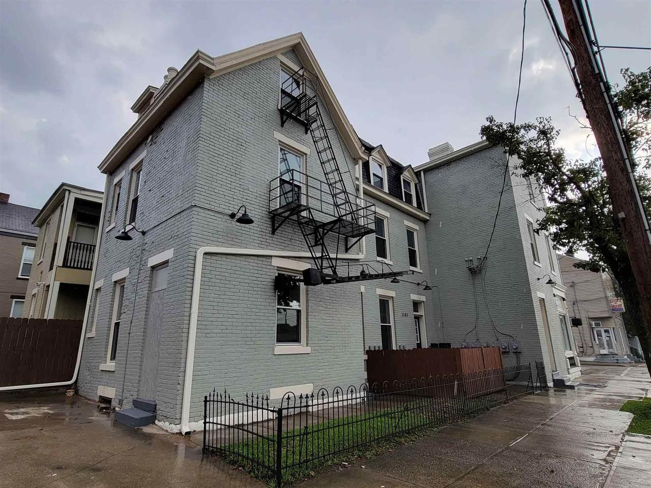 1101 Isabella Street - Photo 1