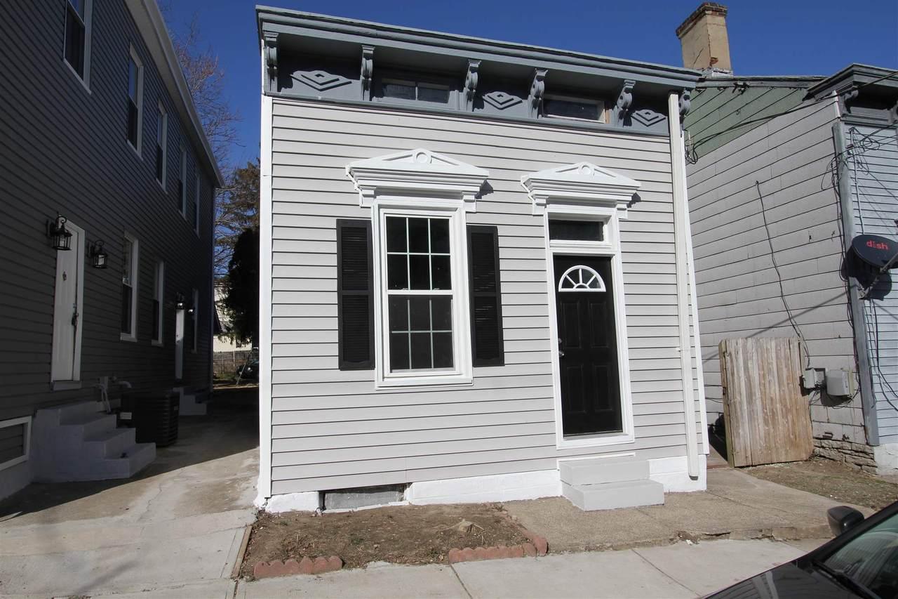 636 12th Street - Photo 1