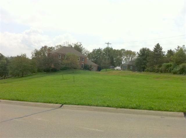 309 Woodcreek, Florence, KY 41042 (MLS #400912) :: Mike Parker Real Estate LLC