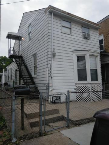 1913 Russell Street, Covington, KY 41014 (MLS #527101) :: Mike Parker Real Estate LLC