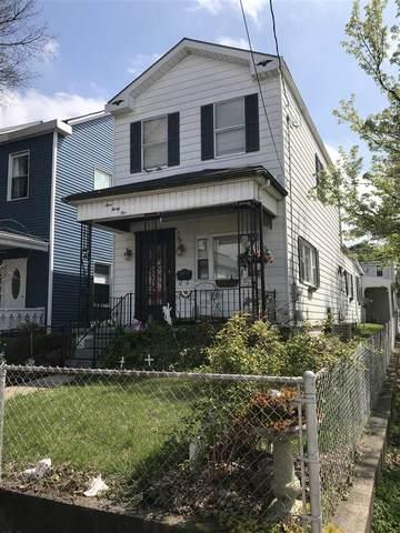 335 Linden Street, Ludlow, KY 41016 (MLS #536645) :: Mike Parker Real Estate LLC