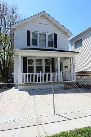 305 E 43rd Street, Latonia, KY 41015 (MLS #537146) :: Mike Parker Real Estate LLC