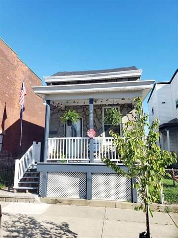 404 W 9th Street, Newport, KY 41071 (MLS #537378) :: Mike Parker Real Estate LLC