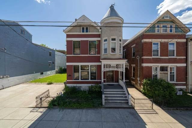 736 Columbia Street, Newport, KY 41071 (#548782) :: The Susan Asch Group