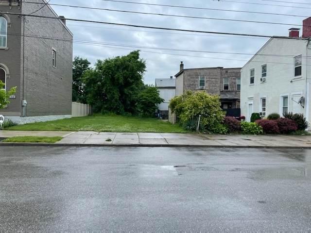 710 Colunbia Street, Newport, KY 41071 (MLS #549393) :: Caldwell Group