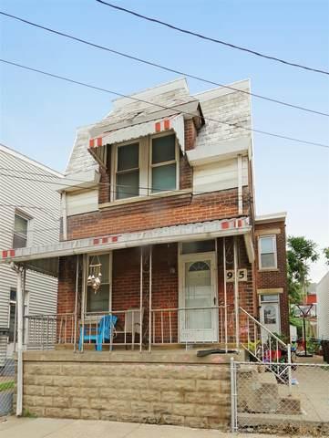 915 Ann Street, Newport, KY 41071 (#549544) :: The Huffaker Group