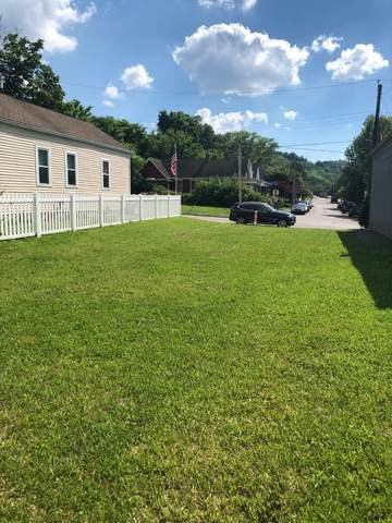 214 Pleasant Street, Bromley, KY 41016 (#549545) :: The Huffaker Group