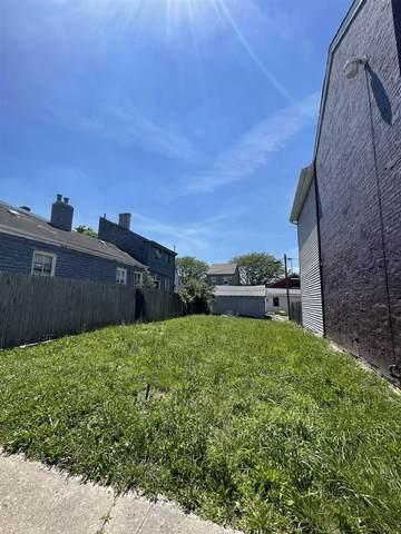 1221 Fisk Street, Covington, KY 41011 (MLS #549839) :: Caldwell Group
