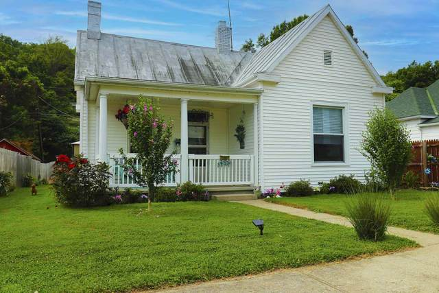 304 W 4th Street, Augusta, KY 41002 (MLS #551321) :: The Scarlett Property Group of KW