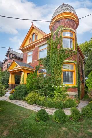 325 E 3rd Street, Newport, KY 41071 (MLS #553215) :: Parker Real Estate Group