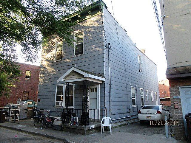 916 Roberts Street, Newport, KY 41071 (MLS #510151) :: Mike Parker Real Estate LLC
