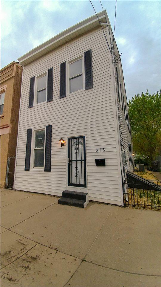 215 11th, Newport, KY 41071 (MLS #515227) :: Mike Parker Real Estate LLC