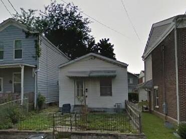 716 Roberts Street, Newport, KY 41071 (MLS #515628) :: Mike Parker Real Estate LLC