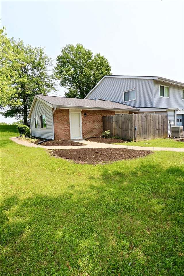 1070 Oakgrove Court #1, Independence, KY 41051 (MLS #527572) :: Mike Parker Real Estate LLC