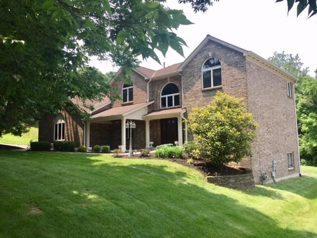 8205 Woodcreek Drive, Florence, KY 41042 (MLS #528131) :: Caldwell Realty Group