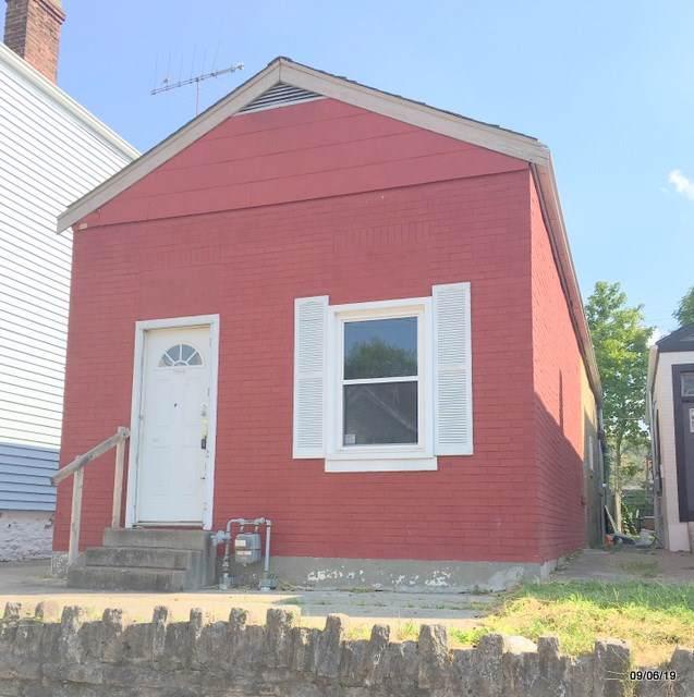 225 Oak Street - Photo 1