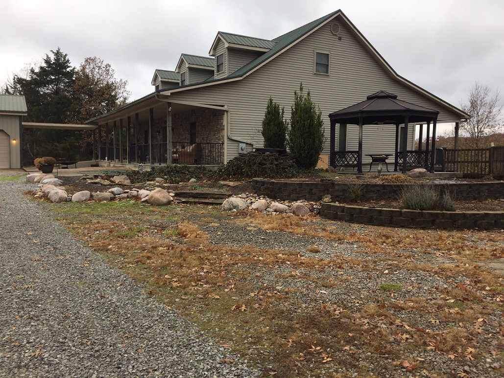 5855 Cedar Creek Road - Photo 1